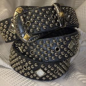 Sand Castle leather belt studded/decorated buckle